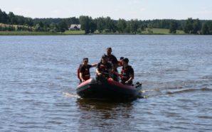Ćwiczenia nad jeziorem Kałębie