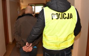 Dwa dozory za kradzież rozbójniczą