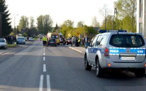 Policjanci wyjaśniają przyczyny wypadku drogowego