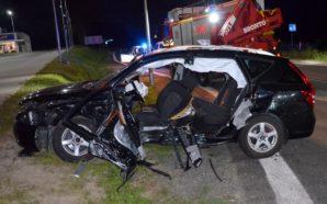 Policjanci pracowali na miejscu wypadku