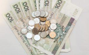 Znaleziono kopertę z pieniędzmi, policja szuka właściciela