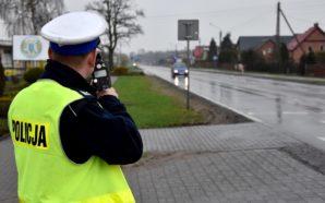 Policjanci ujawnili pojazd z cofniętym licznikiem