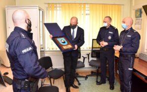 Policjanci otrzymali wsparcie z Urzędu Miejskiego w Skarszewach